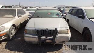 vin: 2MEFM75W91X622831   	2001 Mercury   Grand Marquis for sale in UAE | 240632