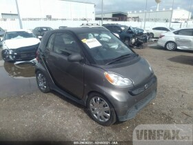 vin: WMEEJ3BA0DK607165 2013 Smart Fortwo 1.0L For Sale in Houston TX