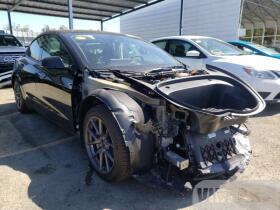 vin: 5YJ3E1EB9MF876782 2021 Tesla Model 3