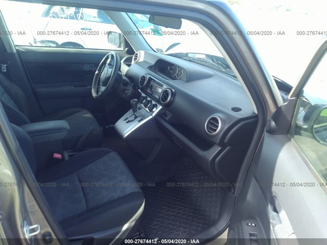 VIN: JTLZE4FE2CJ016335 Scion XB 2012